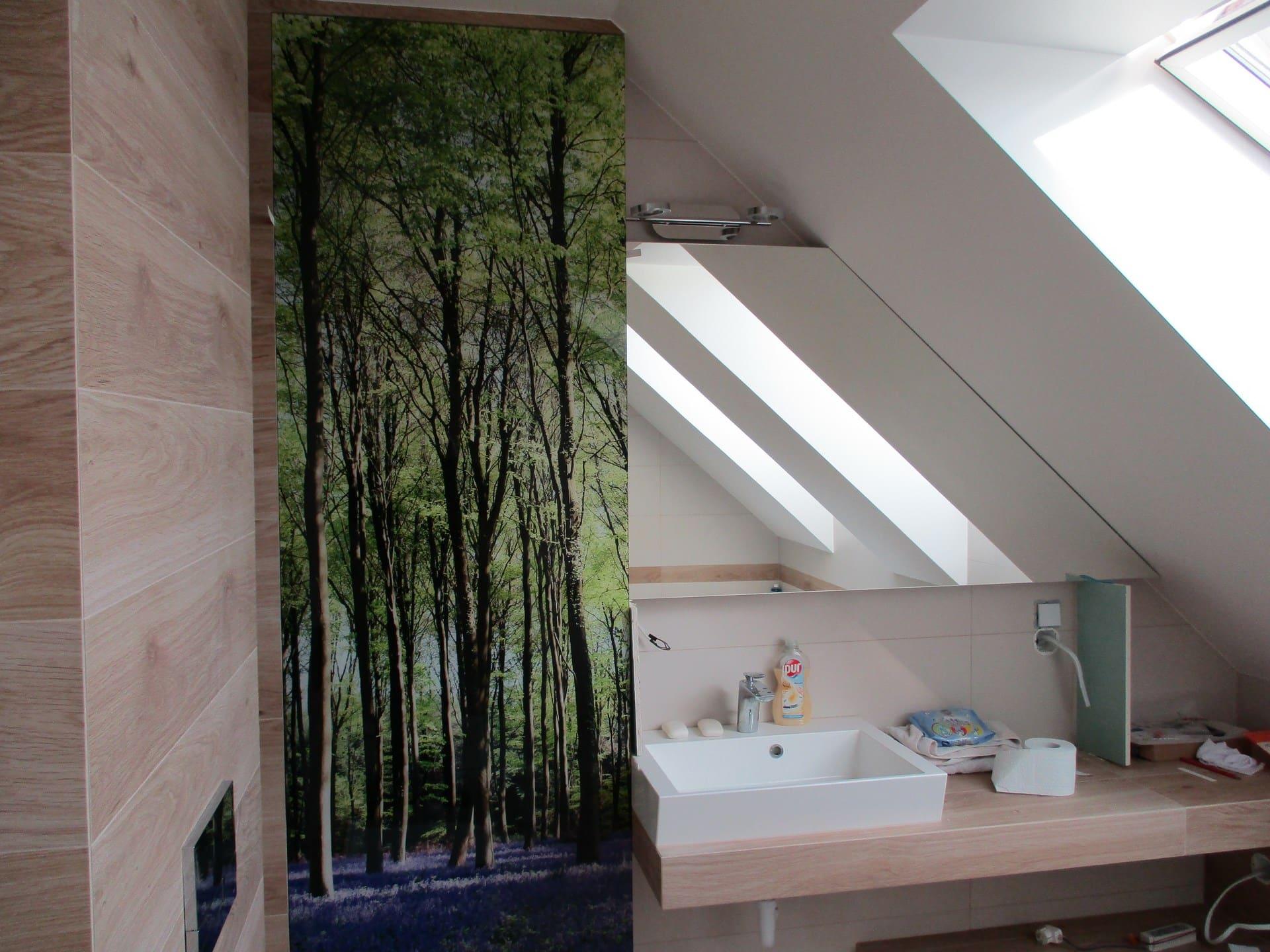 lustro narożne w łazience
